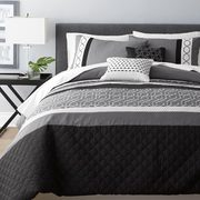 Hometrends 5-Piece Comforter Set - Double/Queen - $129.97
